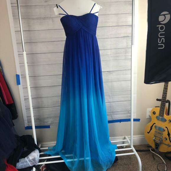 Cache Dresses & Skirts - Cache Dress Formal Evening Gown